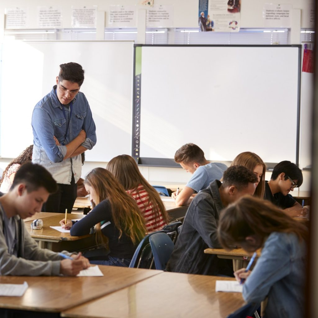 monitory-interaktywne-szkolne